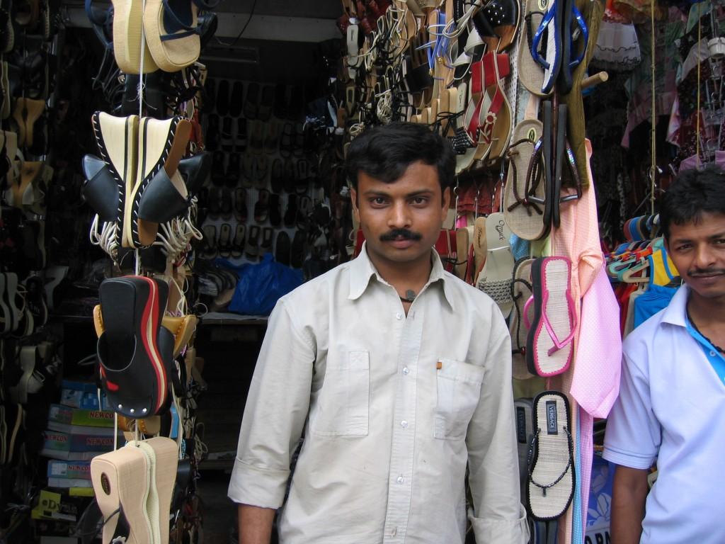 Huijari-kenkäkauppiaat