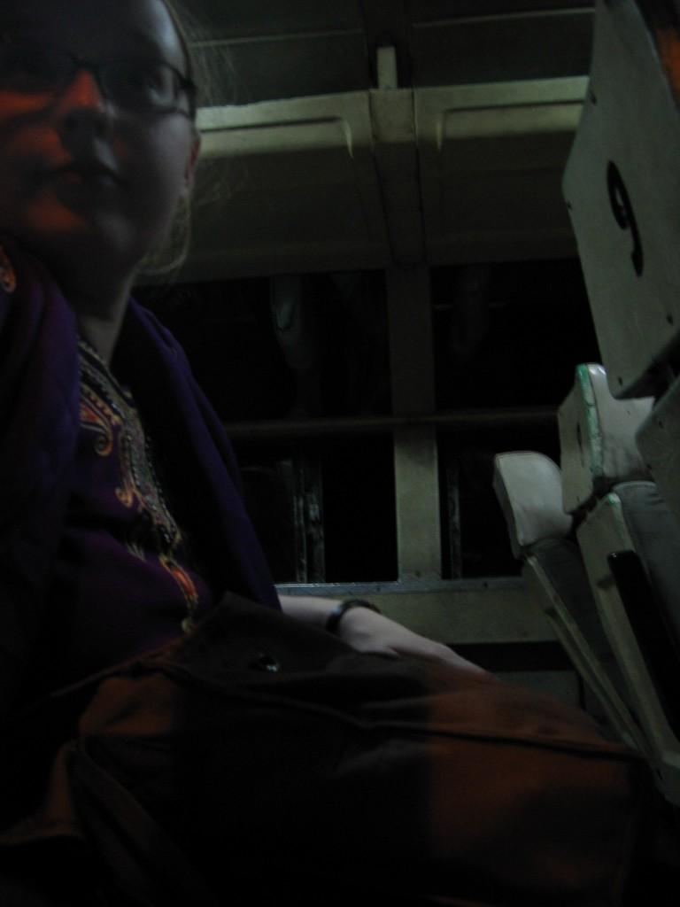 Yöbussissa