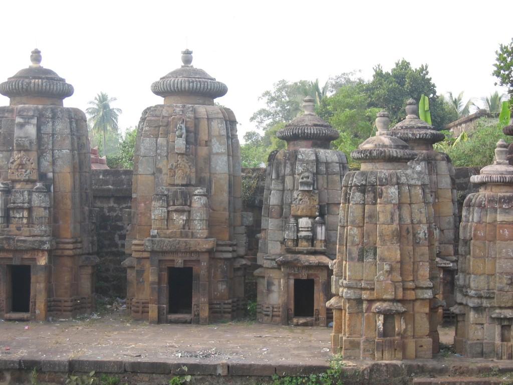 Lisää Bhubaneswari temppeleitä