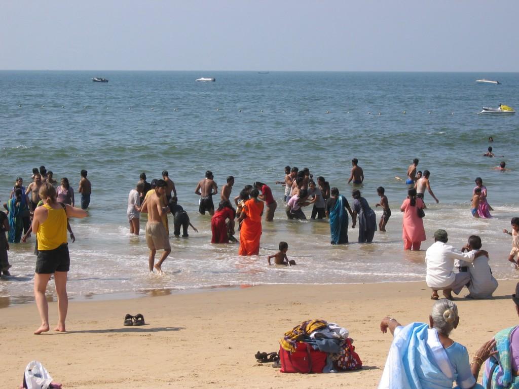 Mukavan rauhaisa Calanguten ranta