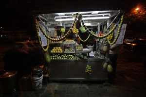 Juice stall at Mumbai night