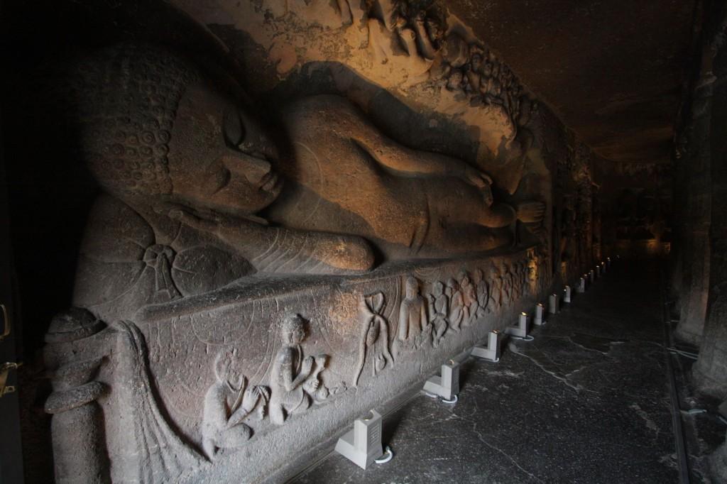 Iso makaava Buddha