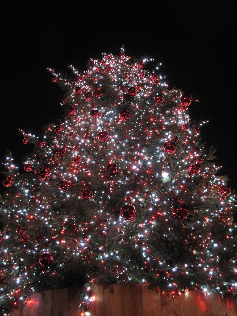 Convent Gardenin joulukuusi