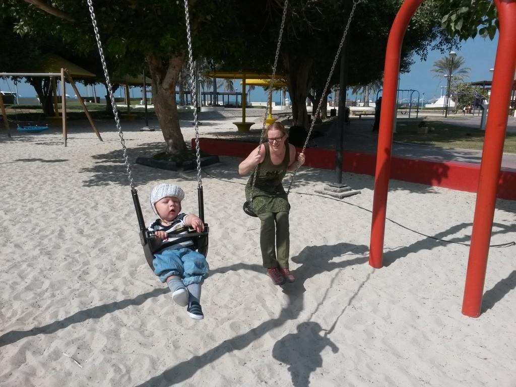 Leikkipuistossa Burj Al-Arabin lähellä