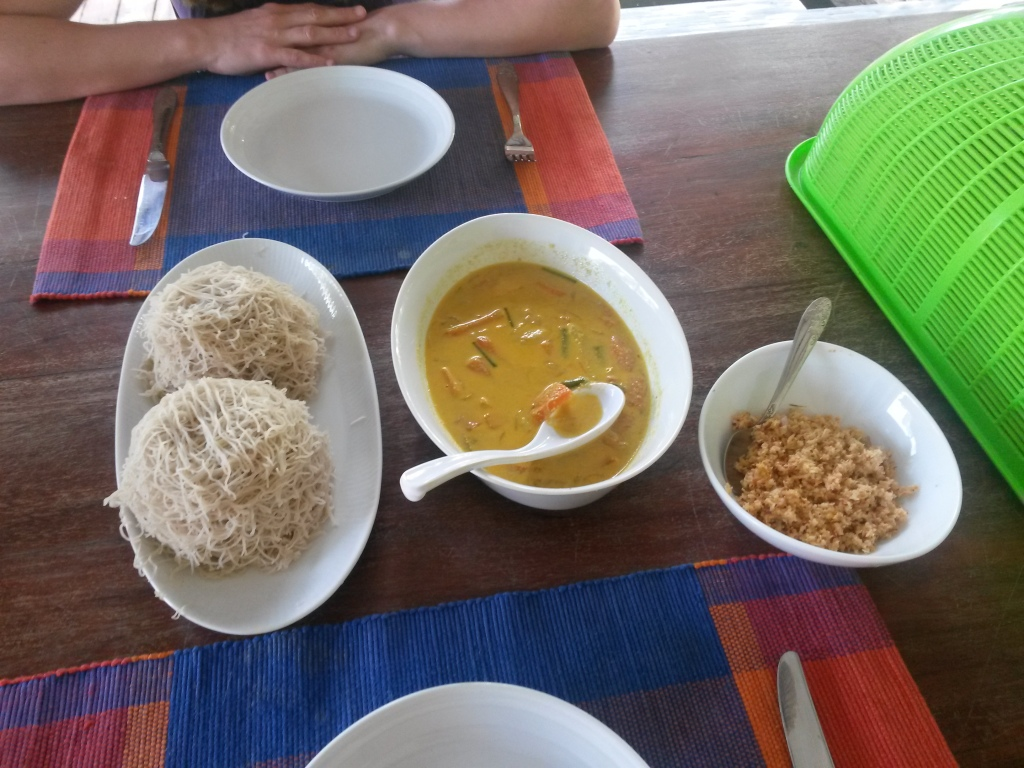 Sri Lankan breakfast - string hoppers, veg curry and spicy coconut