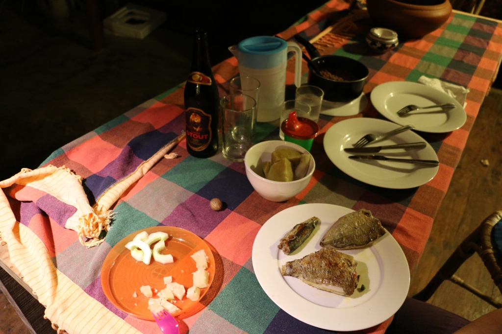 Dinner at home: the aforementioned three fish and sweet potato and red rice - 250 for the fish but that was pretty much it. The beer costs around 200 rupees for a 0.66 litre bottle.