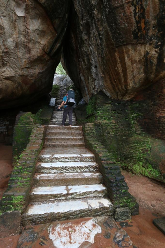 Boulder arch