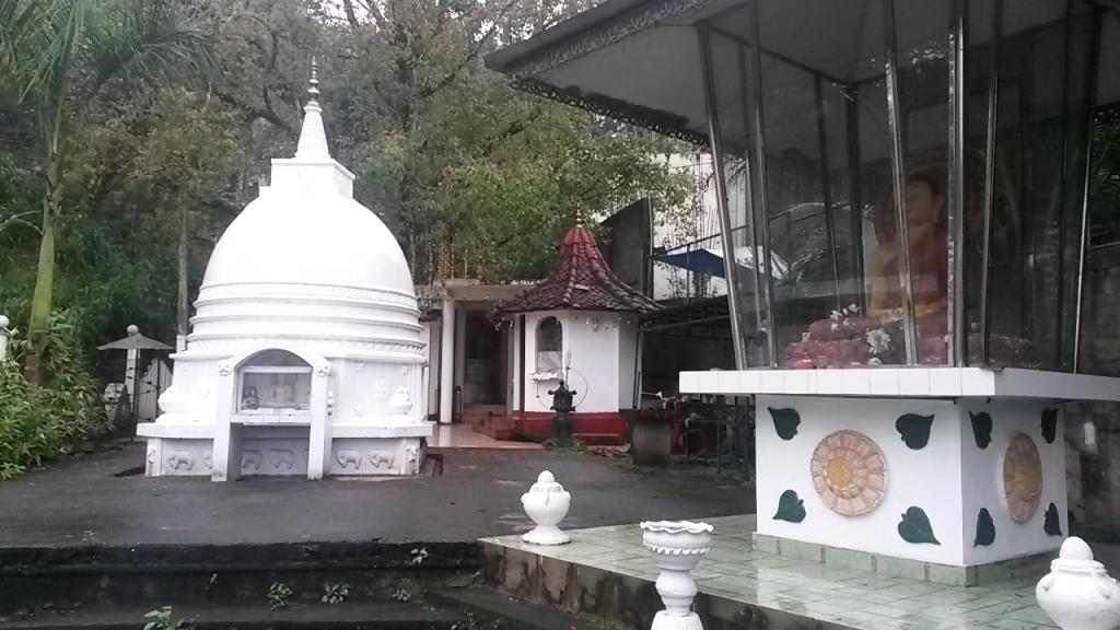 Yksi monista temppeleistä joista tuli käytyä täälläkin